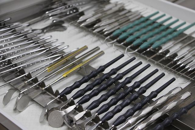 Materiały stomatologiczne – czyli co używa stomatolog
